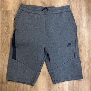 Nike Tech Fleece 2.0 sz L